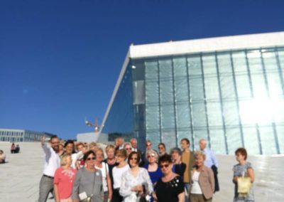 Na dachu opery w Oslo